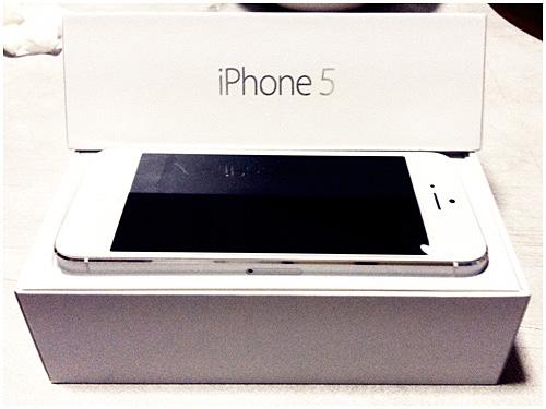 iPhone5をついに購入しました。